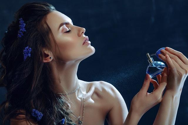 perfumes-de-mujer-a-caulquier-edad