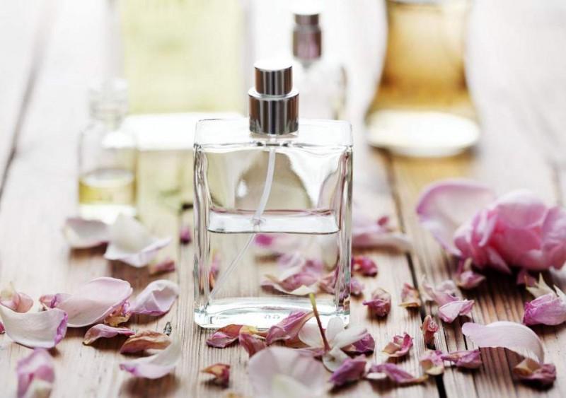 fragancias-con-aromas-que-puedes-usar-en-primavera
