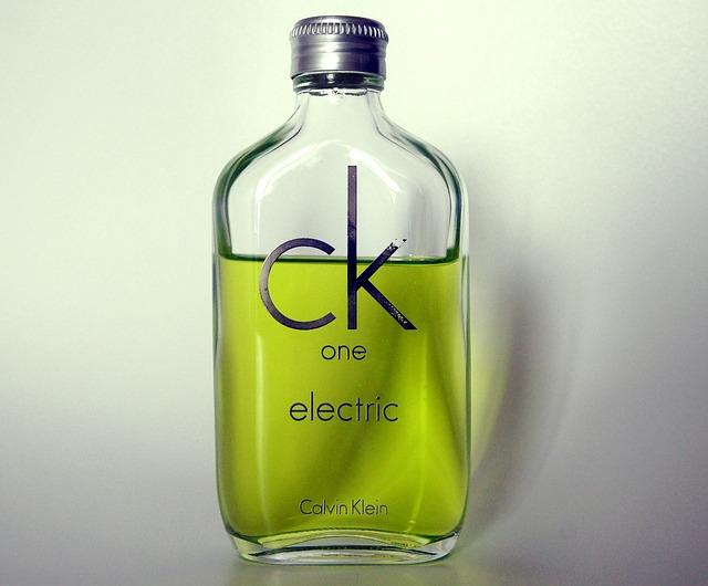 perfume-893475_640.jpg