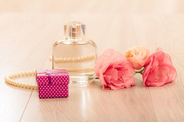 perfumes-de-oro-rosa