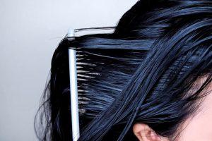 como-limpiar-correctamente-los-cepillos-del-pelo