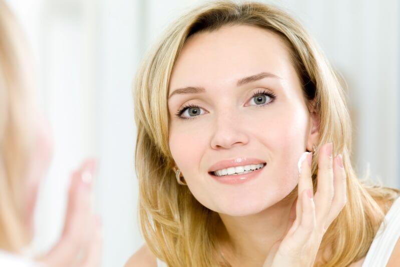 las mejores cremas antiedad para la cara a partir de los 50 anos