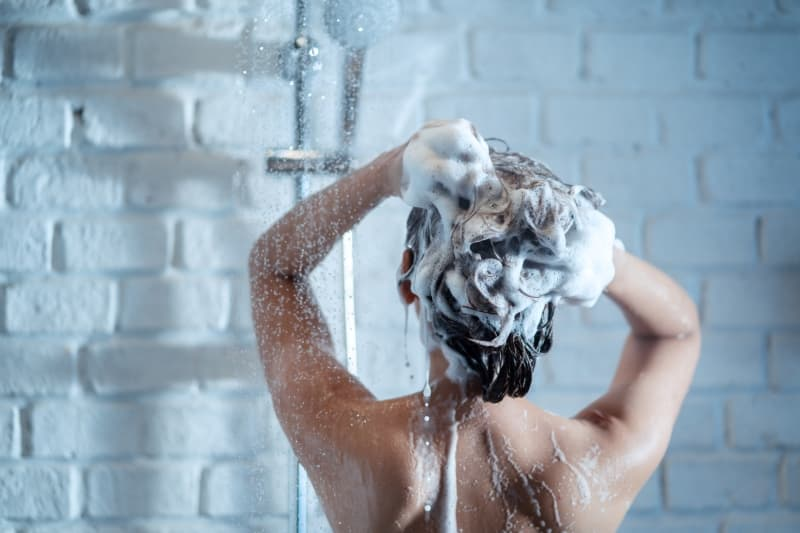 cuántas veces a la semana hay que lavarse el pelo