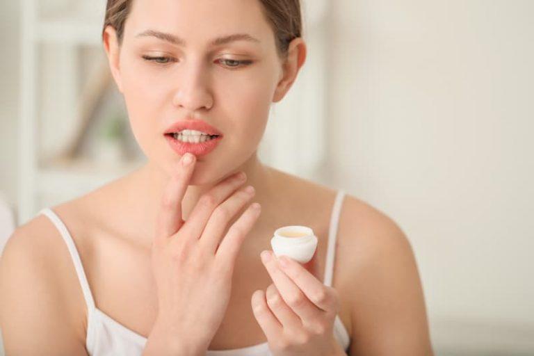 hidratar los labios secos